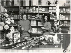 jan-jongbloed-en-su-tienda-de-tabaco