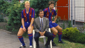 (L-R) Ronald Koeman, coach Johan Cruijff and Michael Laudrup of Barcelona prior to the friendly match against SVV on August 3, 1989 at Schiedam, The Netherlands. (Photo by VI Images via Getty Images)