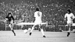 1973-04-25 Real Madrid - Ajax 0-1 Europa Cup 1. Gerrie Muhren.